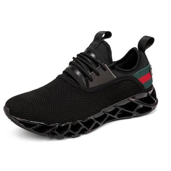 Men's sneakers by Kaaum